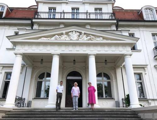 Jahns-Böhm würdigt Arbeit der Stiftung Genshagen und sichert weitere Unterstützung des Landes zu