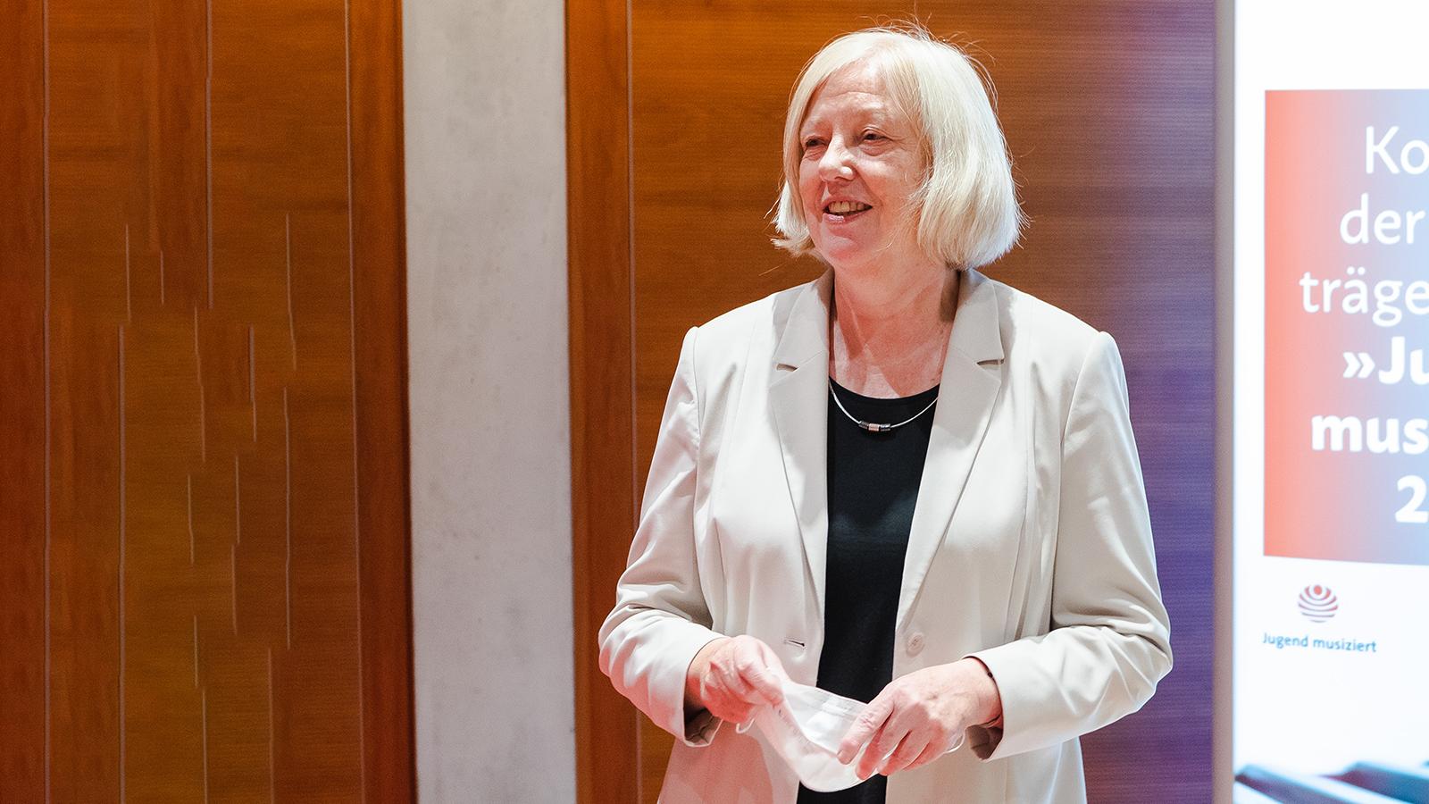 Staatssekretärin Jutta Jahns-Böhm